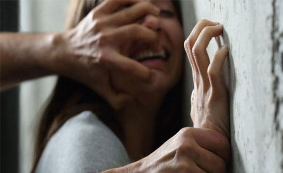 সাভারে ৪ দিন আটকে রেখে সপ্তম শ্রেণীর ছাত্রীকে ধর্ষণ, ধরাছোঁয়ার বাইরে বখাটেরা
