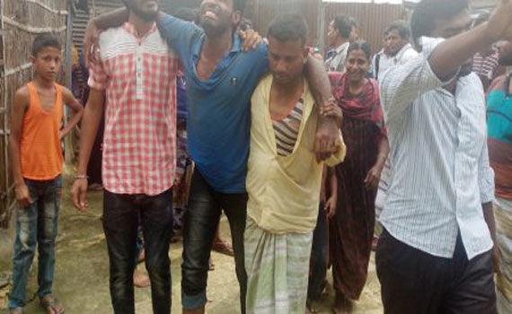 গুরুদাসপুরে যুবককে হাতুড়ি পেটার অভিযোগ -ছুটিতে আসা সেনা সদস্যের বিরুদ্ধে