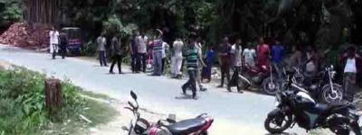 চাঁদার দাবিতে নোয়াখালী শহরে সাংবাদিকের বাড়িতে সন্ত্রাসী হামলা