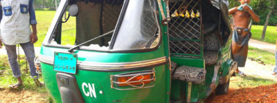 রাংগুনিয়ায় সড়ক দুর্ঘটনায় আহত শিশুসহ ৩ জন।রাংগুনিয়ায় সড়ক দুর্ঘটনায় আহত শিশুসহ ৩ জন।