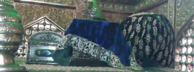 হজরত আবদুল কাদের জিলানী (র) ছোটবেলা থেকেই আধ্যাত্মিক ক্ষমতার